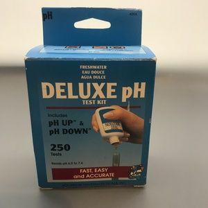 Freshwater Deluxe pH test kit